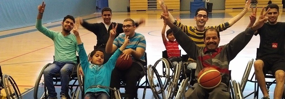 Syrian Refugees try Wheelchair Basketball